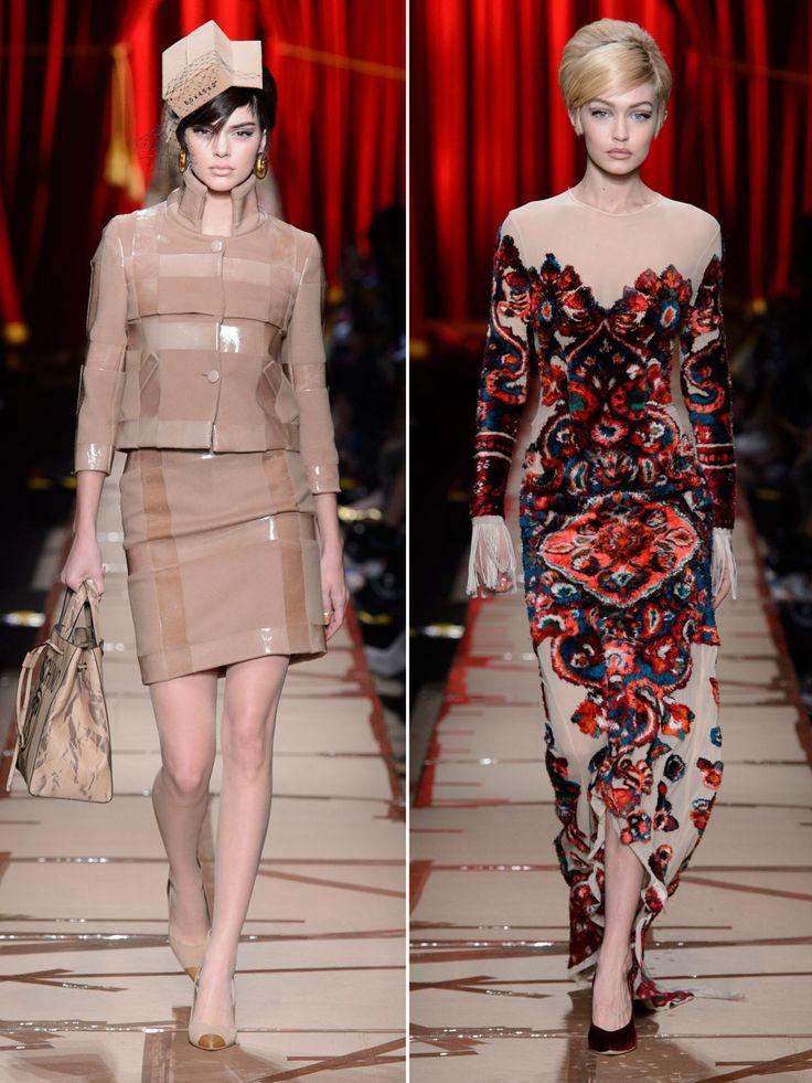 Und nochmal trafen Kendall Jenner und Gigi Hadid auf dem Catwalk aufeinander. Jeremy Scott schickte die Models für Moschino in Looks, die etwas an aufgearbeiteten Müll erinnerten über den Laufsteg. Tatsächlich waren aber auch Samtroben wie die an Gigi Hadid darunter...