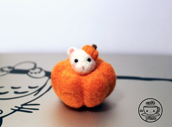Needle Felted Pumpkin Mouse Plushie Christmas by CafeDeYume