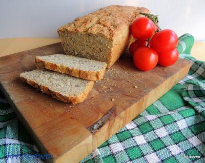 Moje Małe Czarowanie: Chleb tostowy z ziarnami i nasionami chia