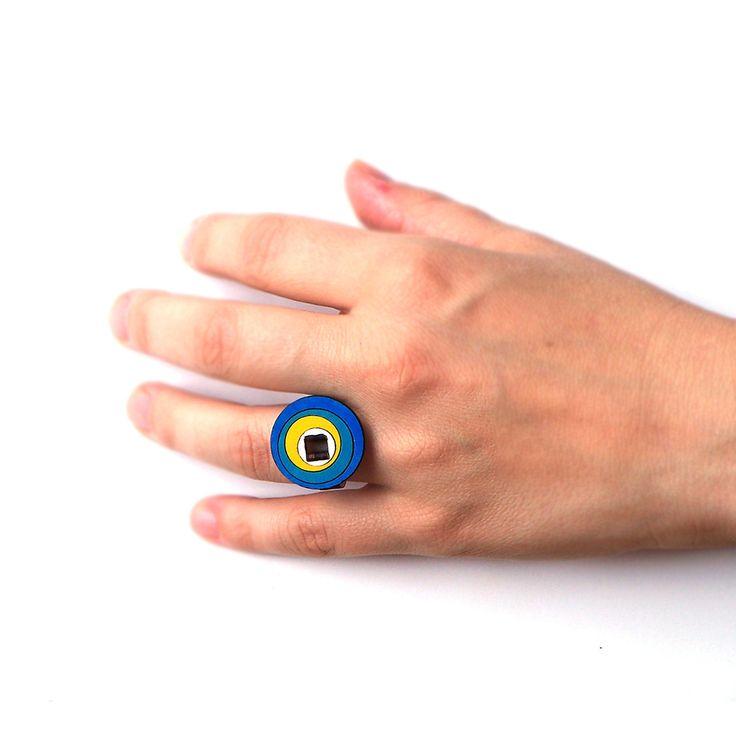 Bague - Model 2/2 - Stylish wooden ring : Bague par ardeola