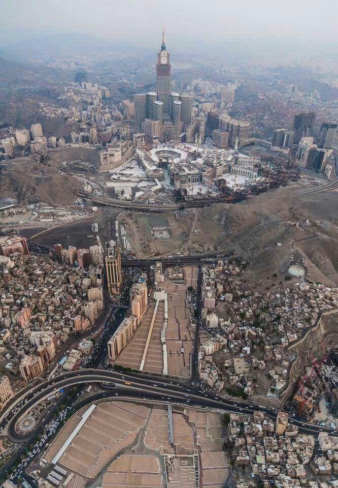A breathtaking view of #Mecca اجمل بقاع الارض و قبلة كل مسلم مهما كان جنسيتة و لونة