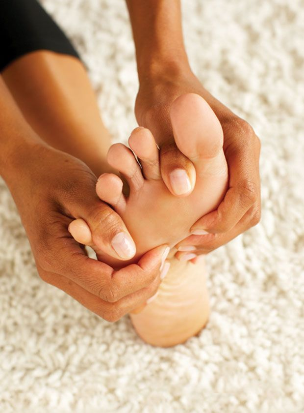 Heel Reliever  foot stretches to help you walk without pain
