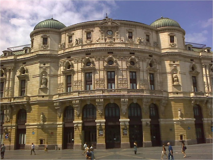 Teatro arriaga bilbao bilbao pinterest pa s vasco y espa a - Estudios arquitectura bilbao ...