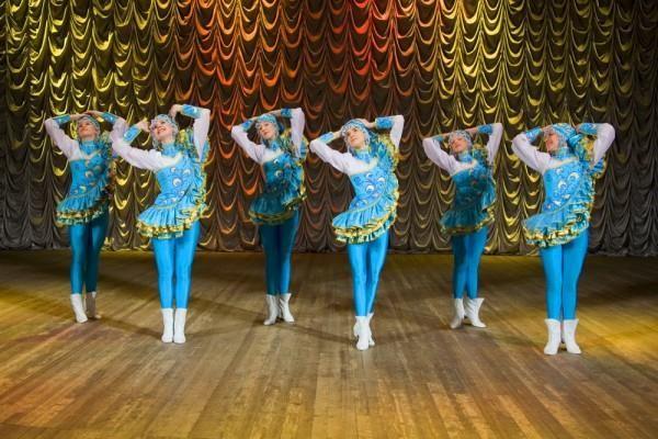 Танцивальные костюмы