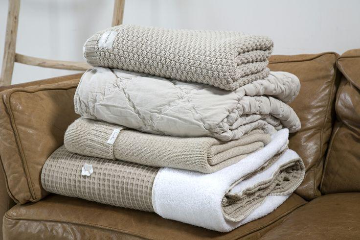 Ton sur ton, different textures and fabrics | Koeka webshop