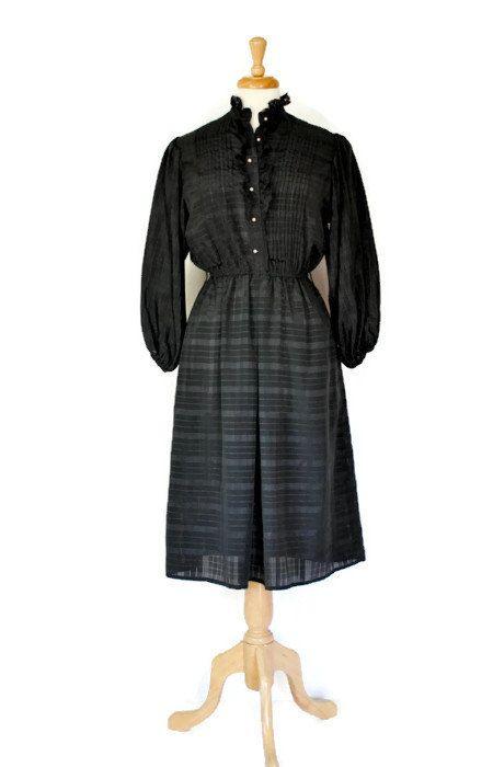 Vintage Dress / 70s Dress / Shirtwaist Dress / by DuncanLovesTess