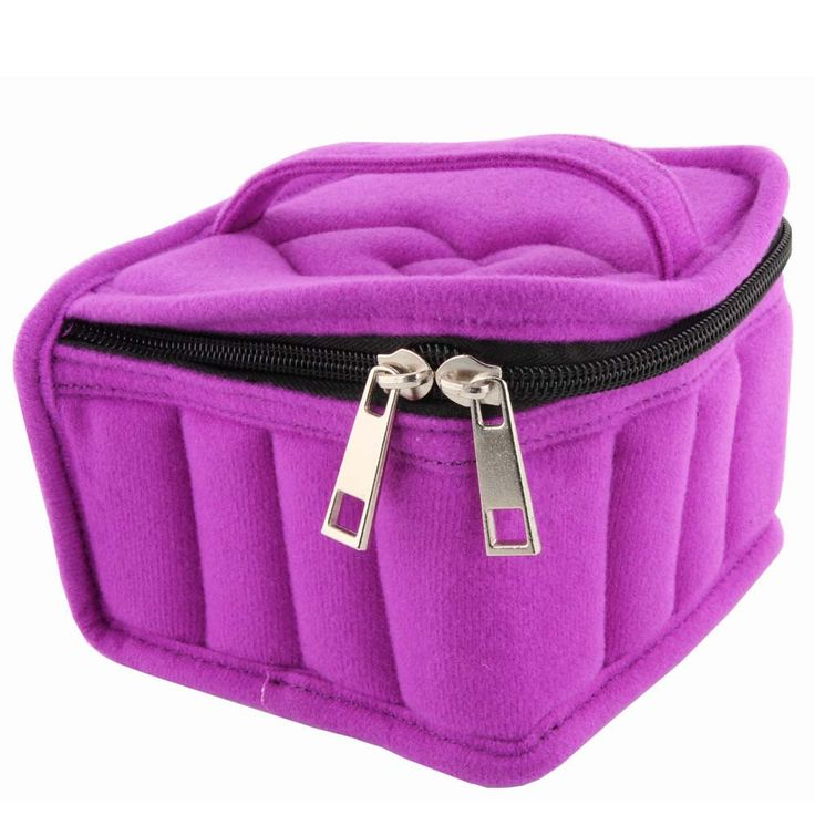 Essential Oil Carrying Case: 16 Bottles