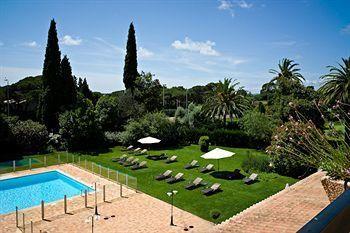 Golf Hotel Valescure - Agay, Saint-Raphaël prix réservation Venere Hotel à partir de 113.00 € - Le Golf Hôtel de Valescure se trouve à 6 km de Saint-Raphaël, dans une zone résidentielle entourée...