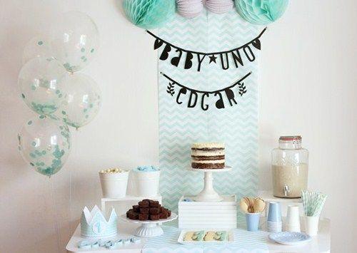 Mesa dulce en blanco y mint primer cumpleaños edgar