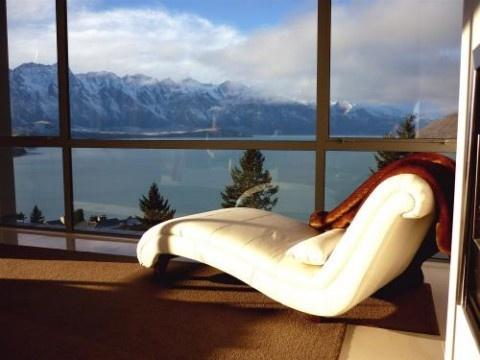 Aspen Villa, Luxury House in Queenstown & Lakes, New Zealand | #AmazingAccom #holidayhomes