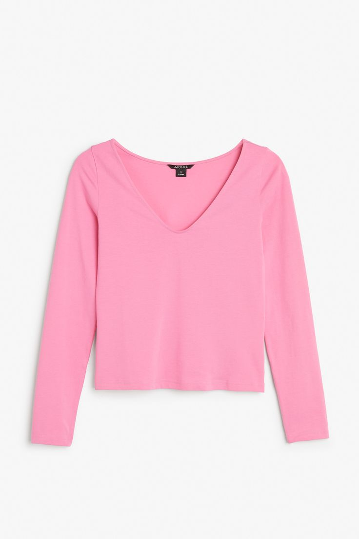 Monki Wide neck fitted top in Pink