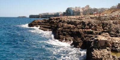 Polignano a Mare - Le tue spiagge piu' belle in Puglia, dal salento al gargano. Il mare per le tue vacanze!