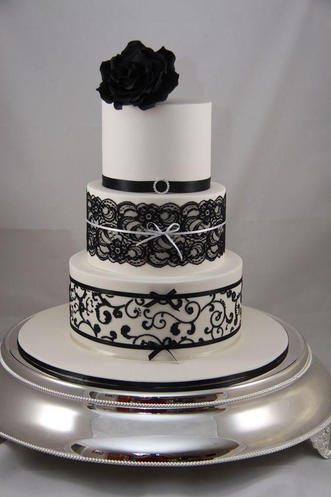 Tarta de boda en blanco y negro