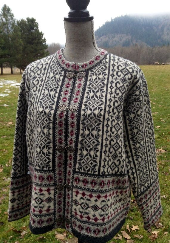Norwegian wool sweater by Skyr size L by VikingRaids on Etsy, $108.00