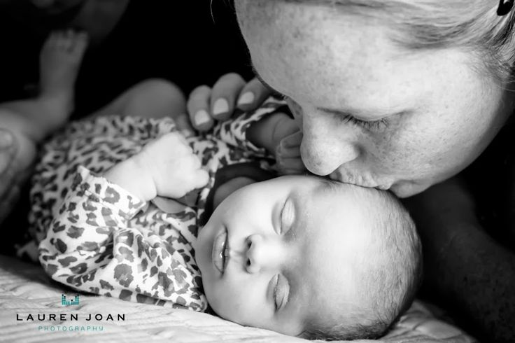 Lauren Joan Photography - Vancouver BC based photographer: Newborn Portraits Maple Ridge BC - Vancouver BC Based Photographer