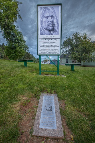 ♪♫♪♪ Kurt Cobain Memorial (there is no 'traditional' gravesite as Kurt was cremated) February 20, 1967 – April 5, 1994