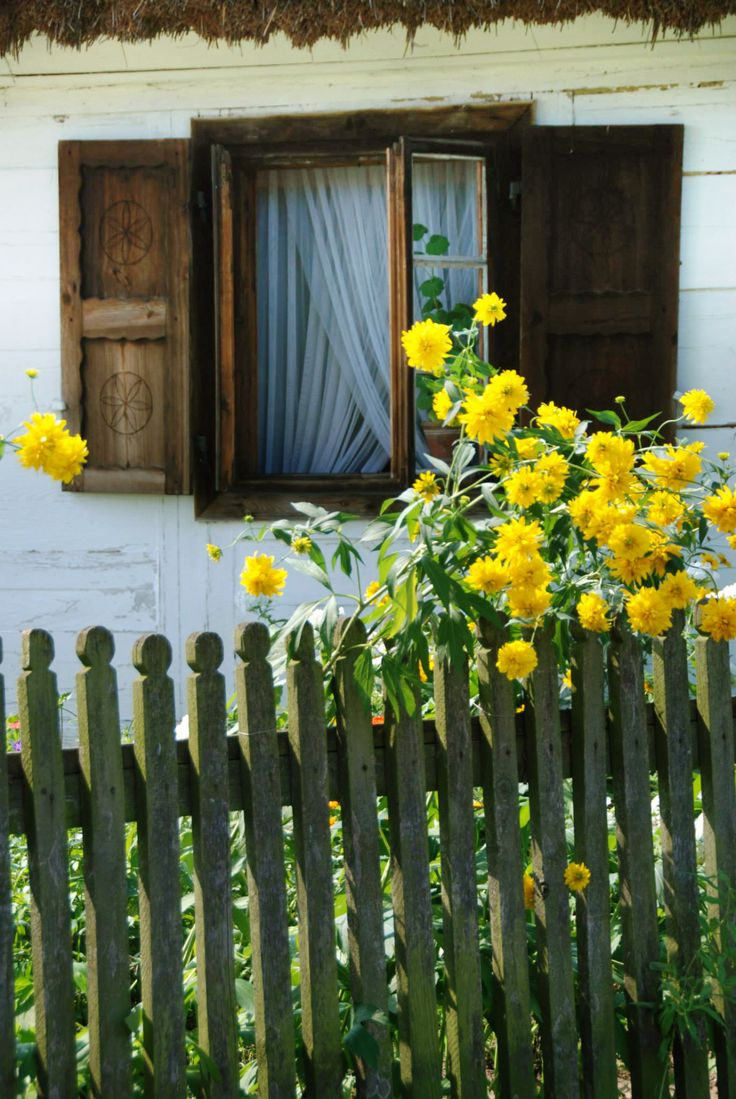 Skansen (folk museum) of the Mazovian Countryside in Sierpc, Poland [source]