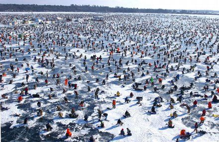 world 39 s largest ice fishing contest on gull lake mn