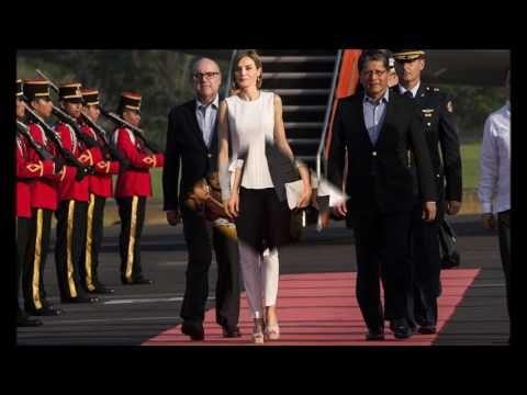 Queen Letizia's pants style - YouTube