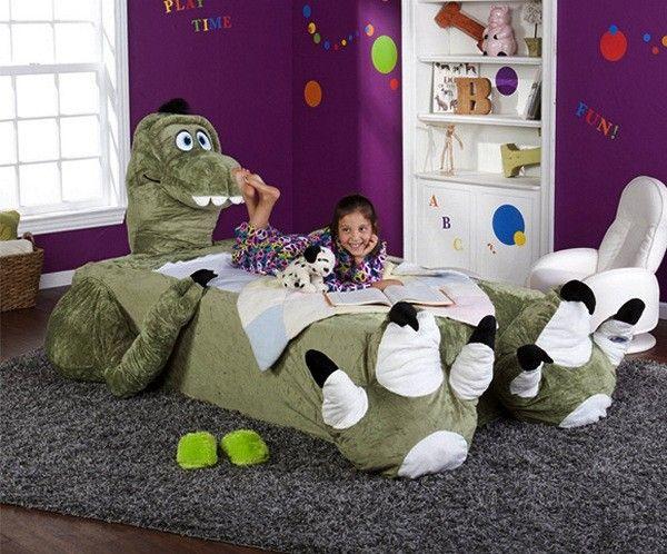 Кровати-зверушки для мальчиков и девочек. Детская мебель от компании Incredibeds Bedjammies  Чтобы не страшно было спать одному в темной комнате, ребенок обычно берет с собой в постель игрушку, которая должна его защищать и успокаивать. Но справится ли маленький, хоть и бесстрашный, плюшевый мишка, или пушистый барашек, или, тем более, тряпичная кукла Маша с теми огромными ужасными чудовищами, которые могут подстерегать спящего малыша в тени за шкафом или в углу под кроватью? Следовательно…