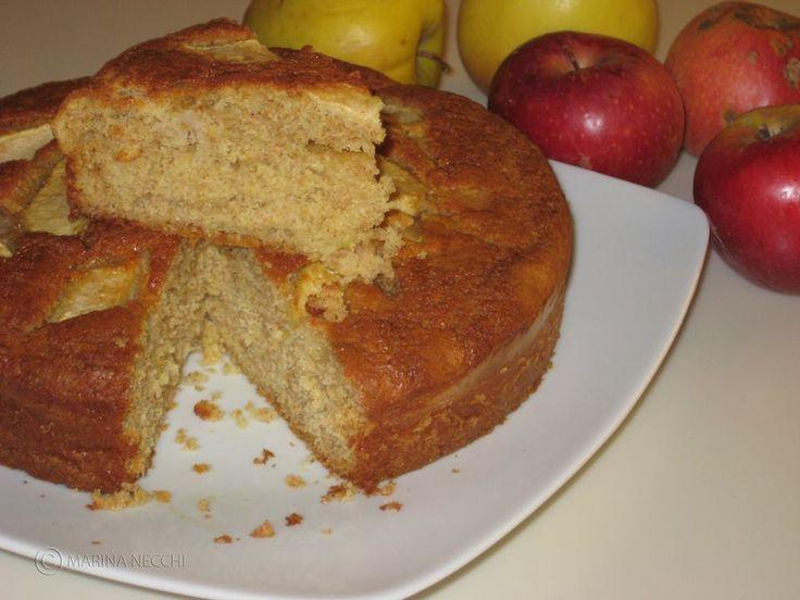 Torta di mele con farina integrale............Per la ricetta consultate il mio sito oppure scrivetemi nei commenti!