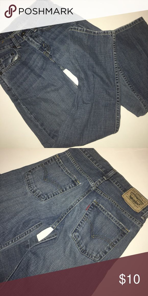 Boy's Levi's 569 23x25 jeans Great condition. No marks or stains. Add three more items to your bundle for 30% off. Levi's Bottoms Jeans