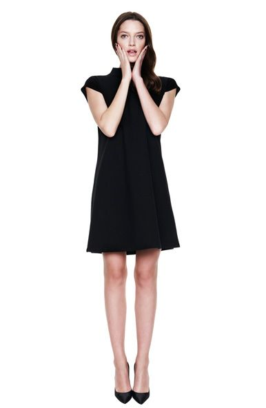 Every collection must have a little black dress. www.gotha.it