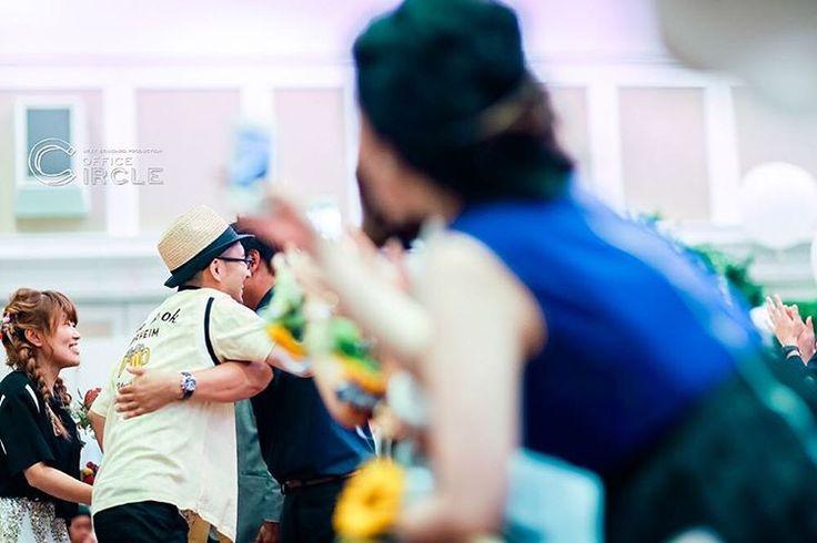 #全力ハグ * 伊丹で結婚式二次会の撮影をさせて頂きました☺︎ * こだわりの沢山詰まったコンセプトウエディング* * プロの装飾デザイナーが会場装飾を行い、新郎新婦とゲスト達で作り上げたGACHA GACHAパーティ* * 当日のお写真を少しずつアップしていきます☺︎ * #関西プレ花嫁 #プレ花嫁 #結婚式 #結婚式diy #結婚式二次会 #結婚式準備 #結婚式コーデ #ウエディング #二次会コーデ #ウエディングフォト #ウエディングドレス #diy #コンセプトウェディング #伊丹  #オリジナルウエディング #wedding #weddingday #weddingphotography #bridal #おしゃれ #かわいい #2016夏婚 #2016秋婚 #2016冬婚 #2017春婚 #osaka #officecircle #関西花嫁 #ハグ