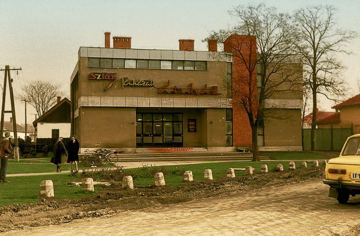 Sztár ruházati áruház a 60-as években