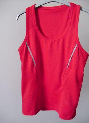 Kup mój przedmiot na #vintedpl http://www.vinted.pl/damska-odziez/odziez-sportowa/10830653-sportowa-bluzka-z-wbudowanym-stanikiem-sportowym-l