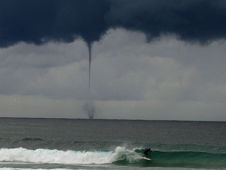 Tornado in Australia: Tornados Relampago, Sweet, Tornados Beautiful Scary, Amazing Pictures, Tornados Beauty Scary, Sea Tornados, Crazy Storms, Waterspout