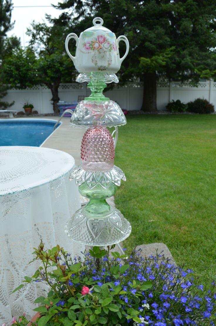 glass yard totem