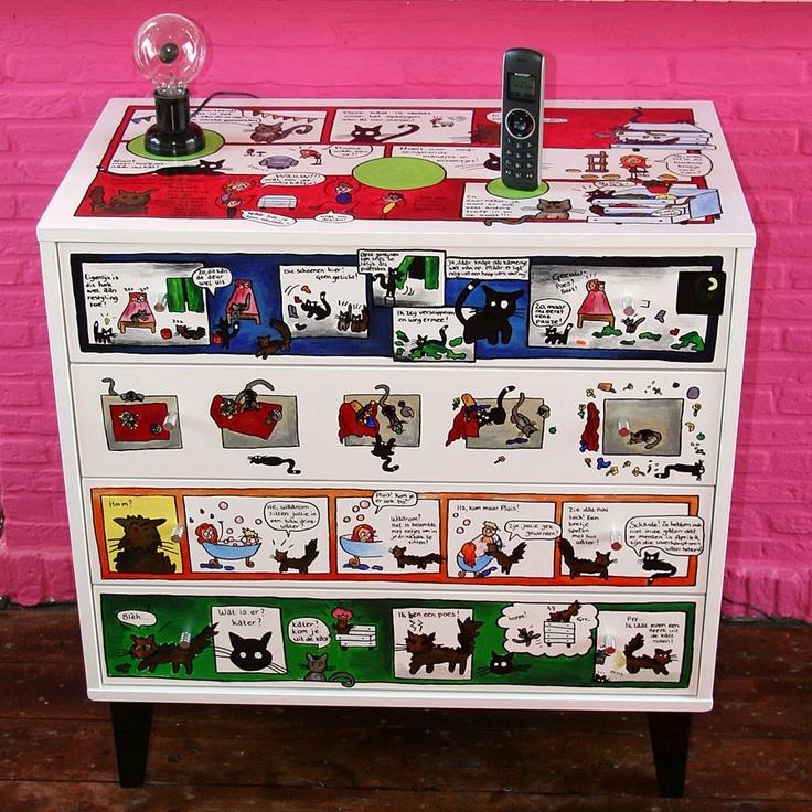 Stripkast van Annie Warhoofd. Ook altijd al je eigen stripheld willen zijn? Fleur je interieur op met een uniek en persoonlijk stripmeubel