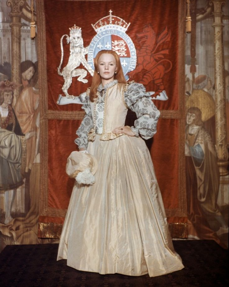 Glenda Jackson as Queen Elizabeth I in TV miniseries 'Elizabeth' (1971)
