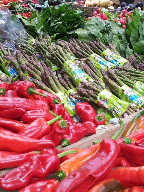 Fresh Asparagus and Peppers