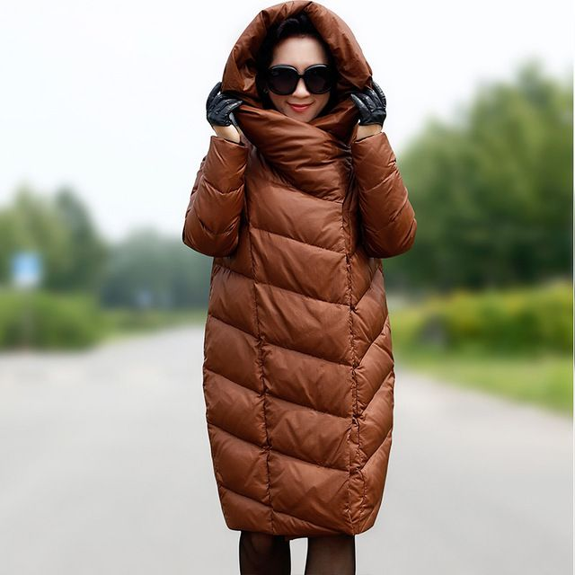 Женщины зимой вниз и парки Большой размер м-xxxl 2015 европейских кокон конструкция капота длинный жакет женской широкий толстый утиный пальто Y321