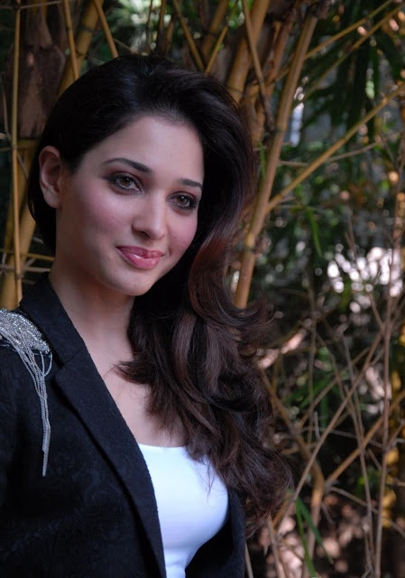 Tamanna Back: 127 Best Images About Tamannaah Bhatia On Pinterest