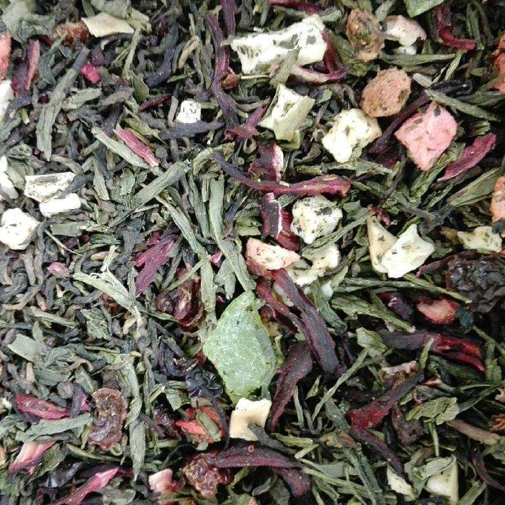 Silueta de verano: Té rojo y verde con fresa kiwi hibisco y escarabajo.  #terojo #teverde #kiwi #fresas #fresa #escaramujo #hibisco #adelgazar #quemargrasa #quemagrasa #silueta #verano #operacionbikini #perderpeso #calorias #puerh #puerhtea #tevermell #amorporelte #pasionporelte #té #te #tea #prefieroelte