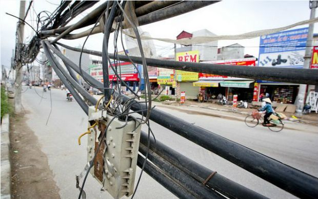 Khởi tố 4 bị can do cắt trộm cáp của FPT Telecom