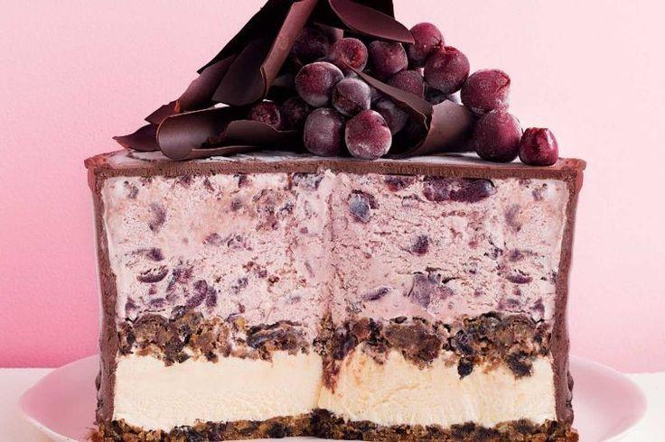 Frozen Christmas pudding cake - delicious.