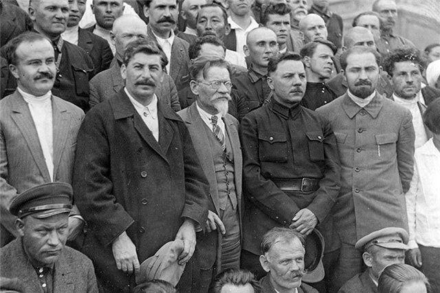 20 ярких фраз товарища Молотова Молотов, Сталин, Калинин, Ворошилов на XVI съезде ВКП (б), 1930 год