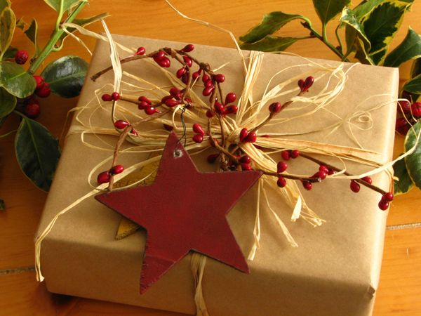 *Star and berries really make this gift wrap.