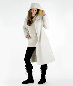Nähanleitung: Schnittmuster für den stylischen Mantel / diy sewing instruction for a coat by schnittchen schnittmuster via DaWanda.com