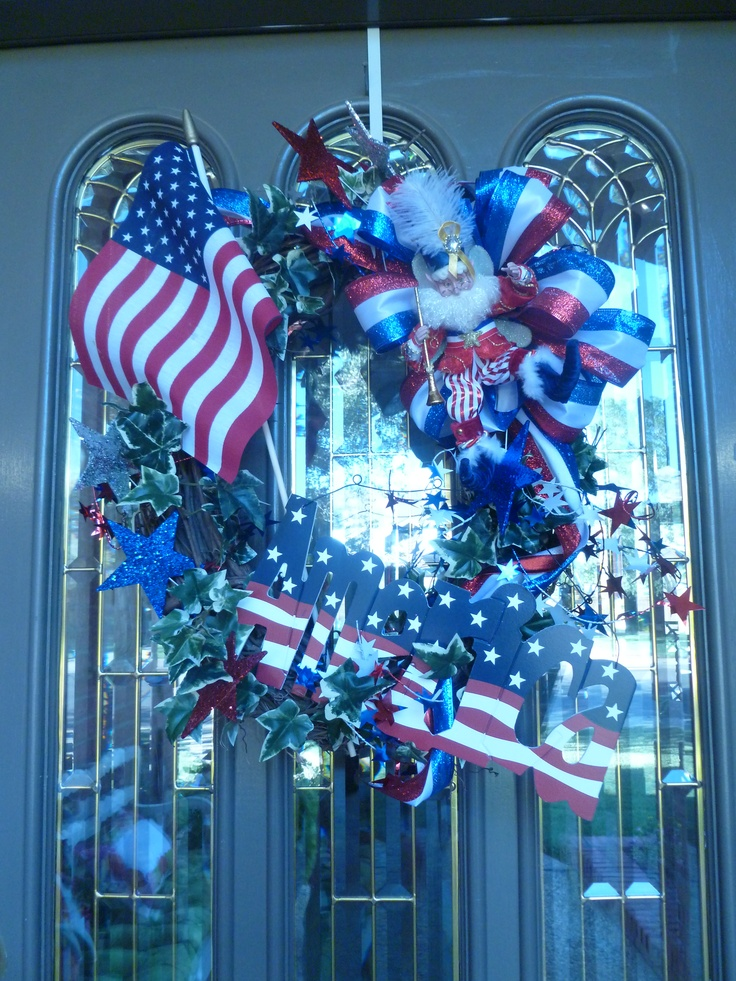 4th of July wreath!: Holiday Ideas, Holiday Ideals, 4Tof July, 4Th Of July, July 4Th, July Ideas, 4Th July, 4Th Inspiration, July Wreaths Garlands