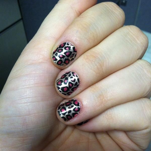 Haley loves these!!  Incocco Nail Wraps from Decembers @birchbox. #Iheartstickonmakeup