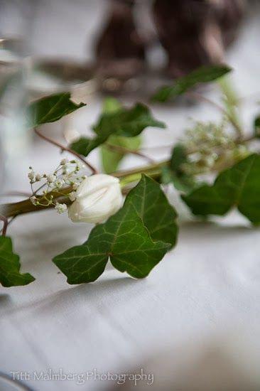 FLOWERS by titti & ingrid - Vita Blommor till Nyår! © Titti Malmberg/HWIT BLOGG - White tulips.