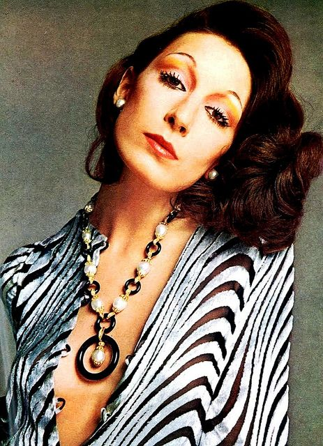 Anjelica Huston. Black Onyx and Pearls Jewelry by Van Cleef & Arpels. c. 1972