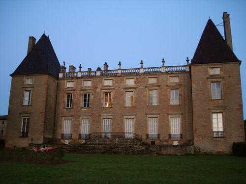 Château de Layé, à Vinzelles - Bing Images