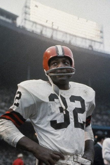 Jim Brown - Cleveland Browns The best that ever played the game Get fit free trial go to  http://rapidappentreprenuer.com