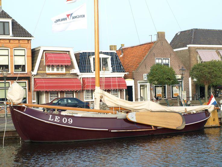 Boot voor ons kantoor in Lemmer